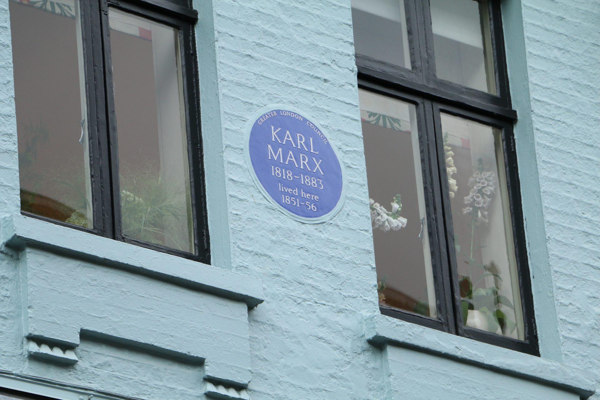 Marxist students retrace Marx's steps in London